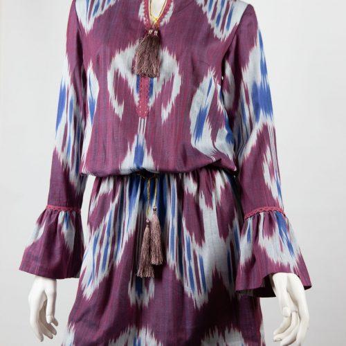 """""""Fuchsia summer"""" Kort kjole med lange ærmer. Str. M"""